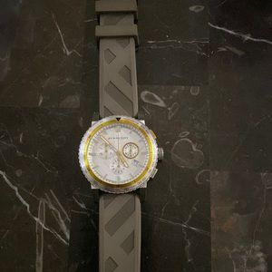 New Burberry Rubber Men's Chronograph BU9811 Watch